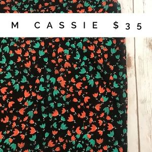 Medium lularoe Cassie black floral